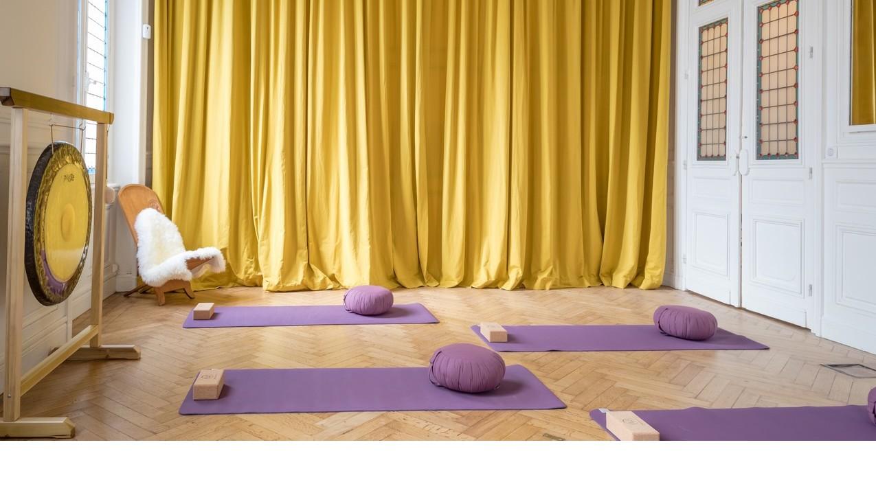 cours de yoga de rencontres Vitesse datation encomnauld